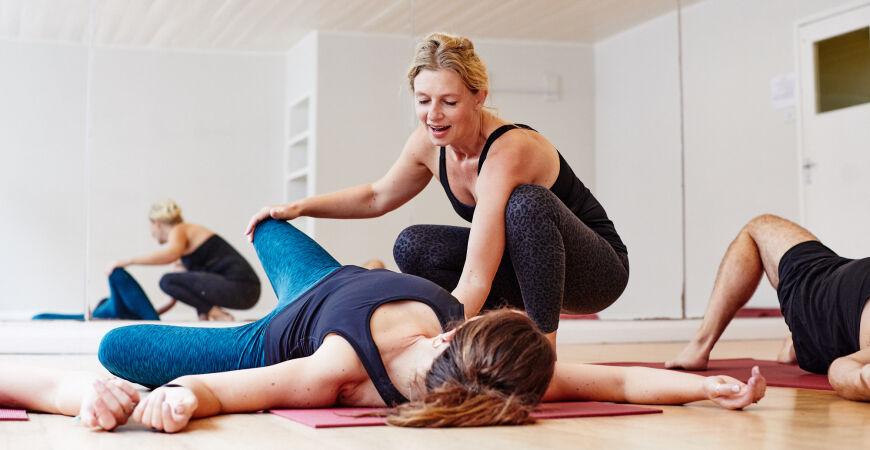 somatic & mindful yoga workshop with charlotte watts